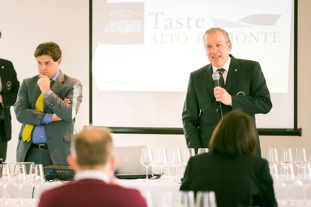 Mauro Carosso durante i seminari Ais.jpg