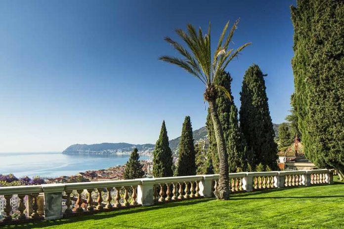 Report ditutto official site italy intrattenimento for Giardini villa della pergola